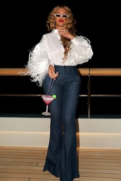 Celebrity News, Celebrity Style, Queen Bee Beyonce, Beyonce Instagram, Beyonce Coachella, Online Photo Gallery, Beyonce Knowles, Celebs, Queen