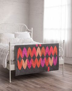 """#modernquilting #modernquilt #twistrevival A """"twist"""" on our #metrotwist pattern!"""