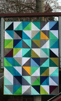 A Quilter's Table: Blogger's Quilt Festival :: HST Love {Group/Bee Quilt}