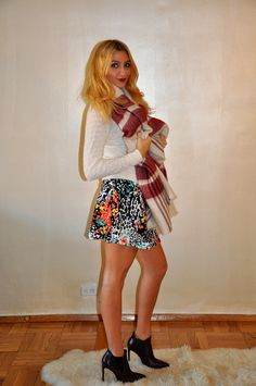 Skirts Are Back as Winter Fashion - One thing is clear from fashion blogs and that is this winter short skirt is going to be greatest hit. It is coming into fashion in chilly days and the designers are ready with the latest designs. Visit here :- http://bowbacktops.kinja.com/skirts-are-back-as-winter-fashion-1688146138