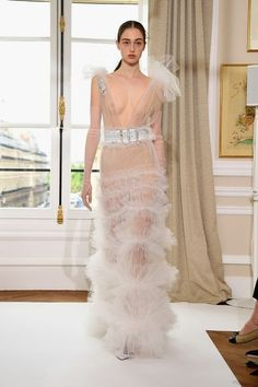 The Best Looks From Haute Couture Fall 2017 - Paris Couture Week Fall 2017 Sexy Outfits, Sexy Dresses, Fashion Dresses, Runway Fashion, Fashion Models, Fashion Show, Sexy Reception Dress, Fashion Oops, Transparent Clothes