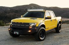 Cars Tuning Music: Ford F-150 Raptor SVT