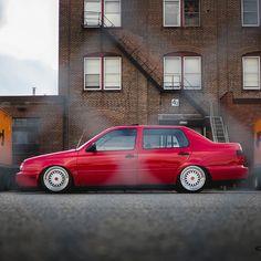 "slammed-junction: ""Pic from Cher Pheng #volkswagen #VW #MK3 #Volkswagenmk3jetta #jetta #slammedjunction #luxurycars #amazingcars247 #japanese #cars #tagsforlikes #race #wheel #road #vehicle #racing #highway #horsepower #speed #spoiler #sportscars..."