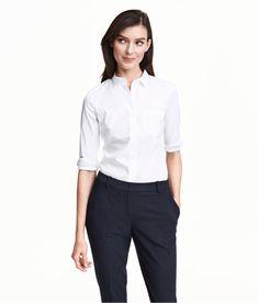 En figursydd skjorte i elastisk, vevd kvalitet. Ønsker meg i grunn i flere farger.