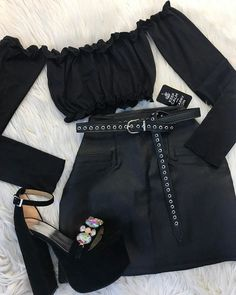 Black outfit for a party Tumblr Outfits, Edgy Outfits, Teen Fashion Outfits, Grunge Outfits, Cute Casual Outfits, Girl Fashion, Girl Outfits, Womens Fashion, Preteen Fashion