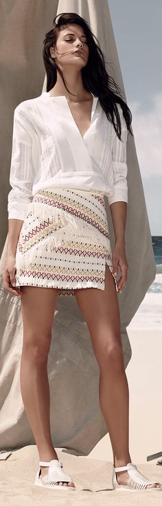 Super cute outfit but no fringe on skirt