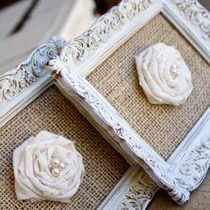 cuadros con arpillera y flores de tela