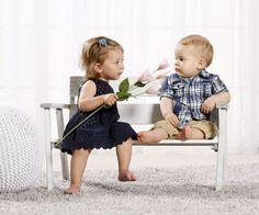 Oh! <3 Süße Kindermode für die ganz kleinen von BONDI Kidswear! Girls Dresses, Flower Girl Dresses, Kind Mode, Wedding Dresses, Shopping, Fashion, Cute Kids Fashion, Cool Tees, Baby Girls