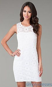 Pretty lace dress !!