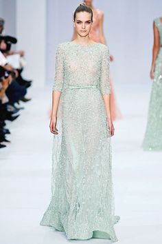 Simple, modest, and exquisite. (Elie Saab)