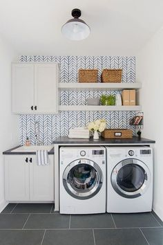 We've made it easier for you by compiling a list of 70+ Design Ideas for your Laundry Room Organization . These examples range from minimalist arrangements to more rustic designs. Some of them may…MoreMore #RemodelingIdeas