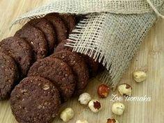 Σοκολατένια μπισκότα Βρώμης με Φουντούκια συνταγή από Zoe Tsomaka - Cookpad Cookies, Chocolate, Meat, Desserts, Food, Crack Crackers, Tailgate Desserts, Deserts, Biscuits