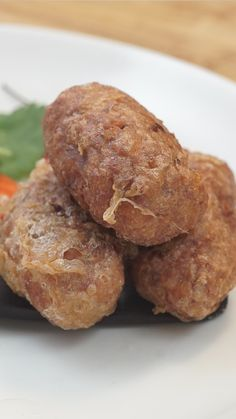 "Indonesian Potato Fritters - The term ""perkedel"" originated from Dutch language: Frikadel, this shows Netherland influence i - Dutch Recipes, Cooking Recipes, Potato Fritters, Good Food, Yummy Food, Indonesian Food, Appetisers, Beignets, Pavlova"