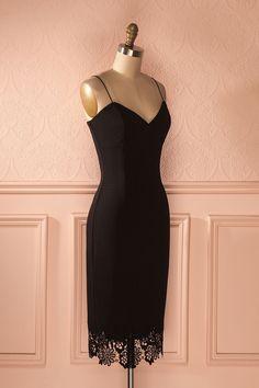 Boti Secret - Black midi fitted dress with lace detail