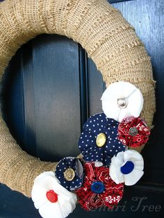 Fresh from the Chari Tree: Finished Object Friday - Patriotic Wreath