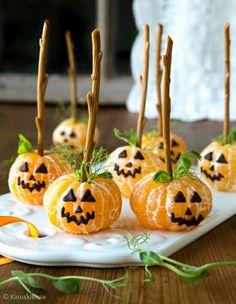 Kinuskikissa Halloween mandariini kurpitsat