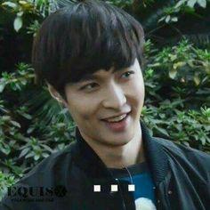 Memes Exo, Funny Kpop Memes, Dankest Memes, Baekhyun, K Pop, 5 Years With Exo, Xiuchen, Ugly Faces, Fandom