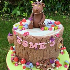 Gruffalo birthday celebration cake with toadstools, wood stack pile, owl Girls 2nd Birthday Cake, Dinosaur Birthday Cakes, Birthday Ideas, Celebration Cakes, Birthday Celebration, Gruffalo Party, Unique Cakes, Novelty Cakes, Girl Cakes