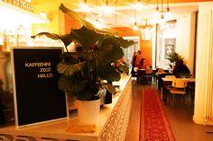 Kaffeenini is dé place to be voor een heerlijke koffie, ontbijt, bagels of flammkuchen. Nationalestraat 114