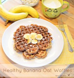 healthy waffle recipe, oatmeal waffle recipe, banana waffle recipe I'm gonna double this and freeze them for a quick breakfast during the week and substituting milk with vanilla almond milk