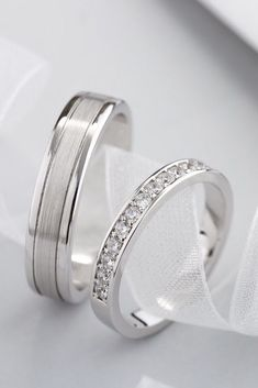 Wedding bands with diamonds. Diamond ring, diamond band, wedding rings, white go… – Eheringe – Alliance – Alliance Mariage Mens Diamond Wedding Bands, White Gold Wedding Bands, Diamond Bands, White Gold Rings, Wedding Ring Bands, Diamond Engagement Rings, Gold Bands, Solitaire Rings, Wedding Bands For Men