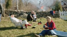 Many Swedes celebrate Easter in the country together with relatives from near and far. It's a great opportunity to open up the holiday house, cleaning away
