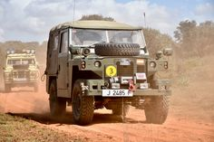 Land Rover Santana, Cargo Aircraft, Royal Marines, Off Road, Land Rovers, Land Rover Defender, Monster Trucks, Wheels, Military