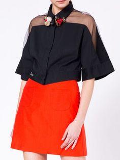 Black Half Sleeve Paneled Cropped Top