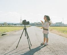 Nagano Toyokazu - Japanese Photographer Dad Lovingly Photographs Daughter In Humorous Situations