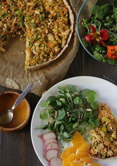 Tarte de tofu Tofu, Quiches, Real Food Recipes, Vegan Recipes, Vegan Food, Tarte Vegan, Picnic Snacks, Yummy Veggie, Fried Rice