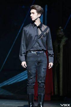 VIXX Ken as Hamlet