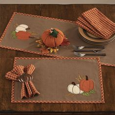 The bounty of the Pumpkin Patch(C) decorates your dining table with harvest charm. These cotton fall table linens have appliques of pumpkins. Thanksgiving Crafts, Fall Crafts, Diy Crafts, Table Runner And Placemats, Quilted Table Runners, Retro Sideboard, Theme Pictures, Pumpkin Crafts, Fall Table