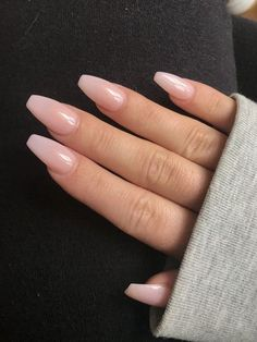 Best Acrylic Nails, Acrylic Nail Designs, Natural Acrylic Nails, Acrylic Nails For Summer Coffin, Natural Color Nails, Acrylic Nail Shapes, Acrylic Nail Art, Pink Ombre Nails, Glitter Nails