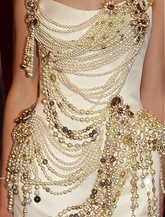 Tony Yaacoub.....strands of draped pearls | The House of Beccaria