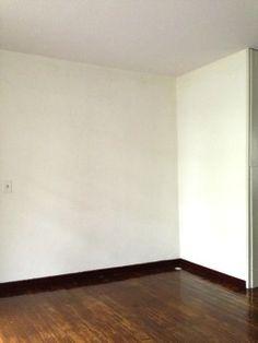 Studio...白塗り壁