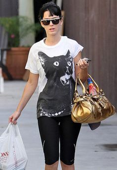 katy perry! she loves cats just as much as me!