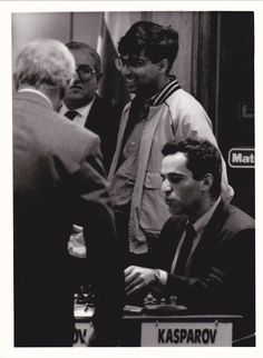 Anand y Kasparov, Linares Garry Kasparov, Chess, Champion, Memories, Photos, Plaid, Memoirs, Remember This
