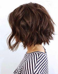 10 Bob Hairstyles For Thick Wavy Hair - Hair Short Textured Haircuts, Wavy Bob Haircuts, Curly Bob Hairstyles, Summer Haircuts, Short Wavy Bob, Hairstyles 2018, Short Textured Bob, Easy Hairstyles, Choppy Bob For Thick Hair