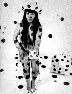 yayoi kusama polka dots coffee