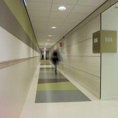 Annekoos Littel Interieurarchitecten bni - Hogeschool Utrecht, faculteit gezondheidszorg   #health #care #interior #design #annekoos #annekooslittel #woerden #hall