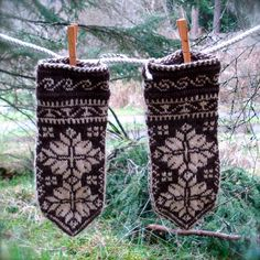 Hand knit mittens in traditional Norwegian by fullcirclewool, $125.00