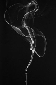 black and white photos from photography forum members – – Black White Photography - Sebastiao Salgado Low Key Photography, Smoke Photography, Photography Photos, Texture Photography, Incense Photography, Ghost Photography, Photography Women, Preto Wallpaper, Smoke Wallpaper
