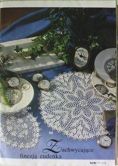 Oval crochet doily