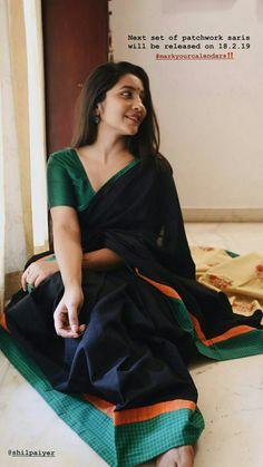 #black saree Formal Saree, Casual Saree, Phulkari Saree, Salwar Kameez, Saree Poses, Cotton Saree Blouse, Saree Jackets, Saree Photoshoot, Stylish Sarees