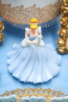 Cinderella Birthday Party via Kara's Party Ideas | Party ideas, decor, printables, tutorials, desserts, cake, recipes and more! KarasPartyIdeas.com (15)