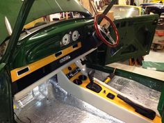 miata swap : Modified Minors : Morris Minor Forum (MMF) : The Morris Minor Forum Fiat 124 Spider, Mg Mgb, Mg Midget, Morris Minor, Austin Healey, Rear Ended, Running Gear, Monaco, Mini