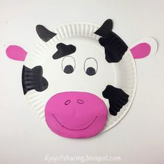Paper Plate Cow Craft The Joy Of Sharing regarding Animal Crafts Using Paper Plates. Read about craft ideas for children with more example Giraffe Crafts, Monkey Crafts, Farm Animal Crafts, Farm Crafts, Animal Crafts For Kids, Fun Crafts For Kids, Toddler Crafts, Preschool Crafts, Art For Kids