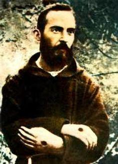 Saint  Padre Pio Stigmate