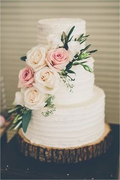 Southern California Wedding Ideas and Inspiration: Classic Sherwood Country Club Wedding Southern Wedding Cakes, Floral Wedding Cakes, Cool Wedding Cakes, Wedding Cake Toppers, Wedding Locations California, California Wedding, August Wedding, Spring Wedding, Wedding Entertainment