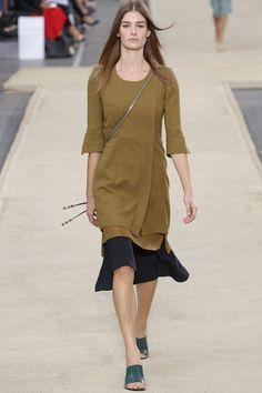 Chloe Spring 2014 RTW. #Chloe #Spring2014 #PFW feminine. mustard. navy. quilting. flared underskirt. 40s. layers.